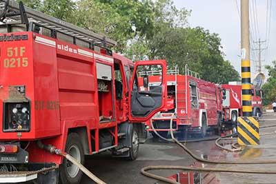 Lực lượng PCCC&CNCH - Công an TPHCM chi viện chữa cháy